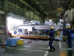 大型製造ラインの搬入と据付作業
